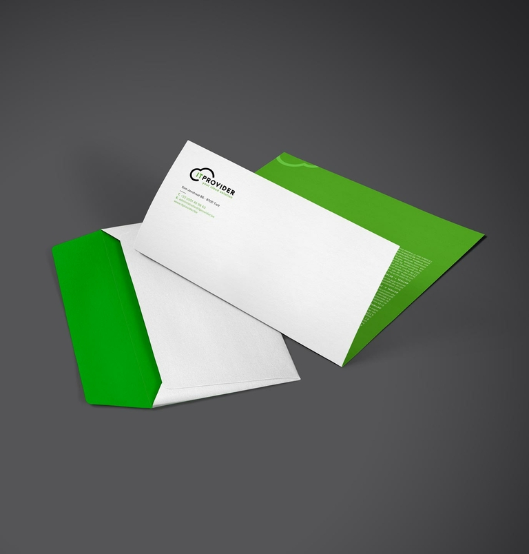 IT provider enveleop en briefpapier mockup